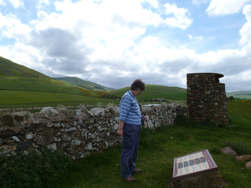 dagdvm reads one of the information panels commissioned by the Gefrin Trust